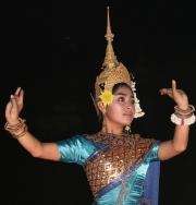 Dancer_in_Turquoise_-_Cambodia